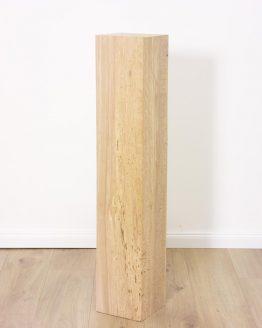 Holzstele in Buche